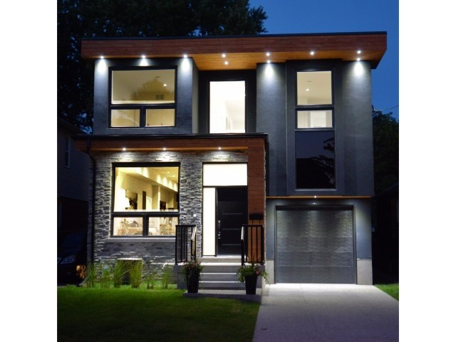 Detached at 7 Eden Park Rd, Toronto, Ontario. Image 1