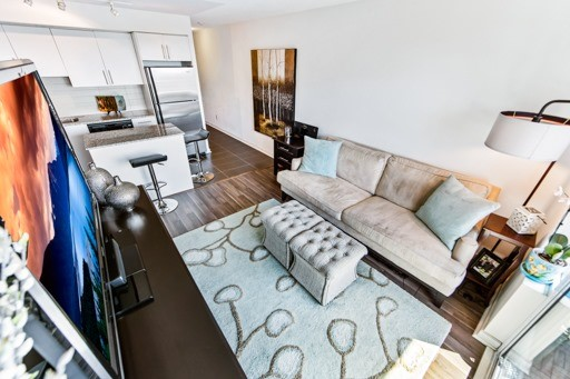 Condo Apartment at 1235 Bayly St, Unit 916, Pickering, Ontario. Image 17