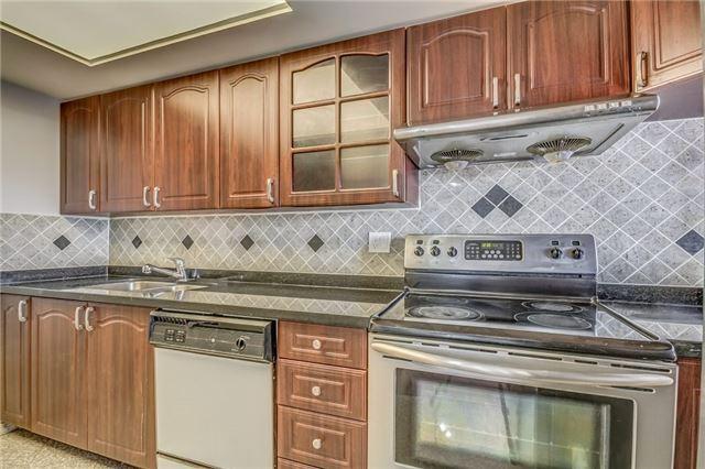 Condo Apartment at 2460 Eglinton Ave E, Unit 1204, Toronto, Ontario. Image 3