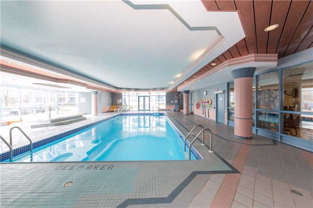 Condo Apartment at 340 Watson St W, Unit 522, Whitby, Ontario. Image 10