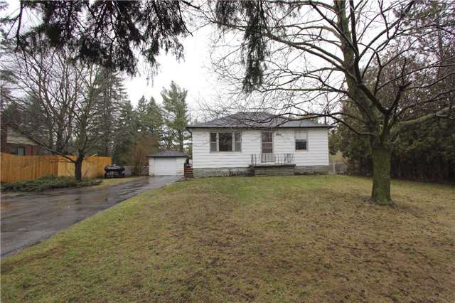Detached at 4810 Baldwin St, Whitby, Ontario. Image 1