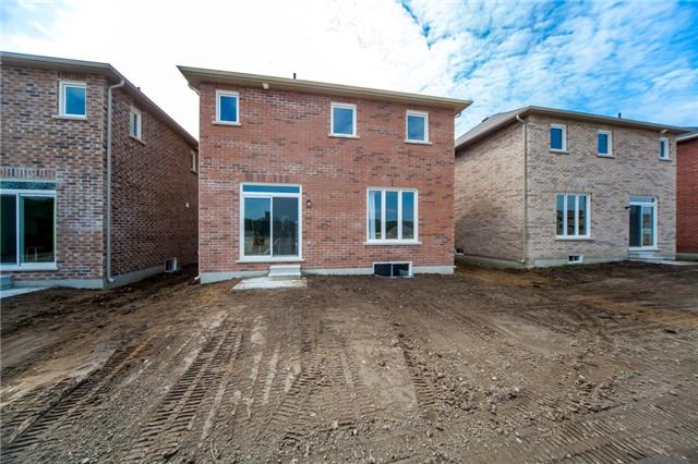 Detached at 18 Moses Cres, Clarington, Ontario. Image 13