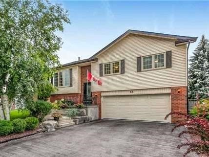 Detached at 13 Bellwood Dr, Whitby, Ontario. Image 1
