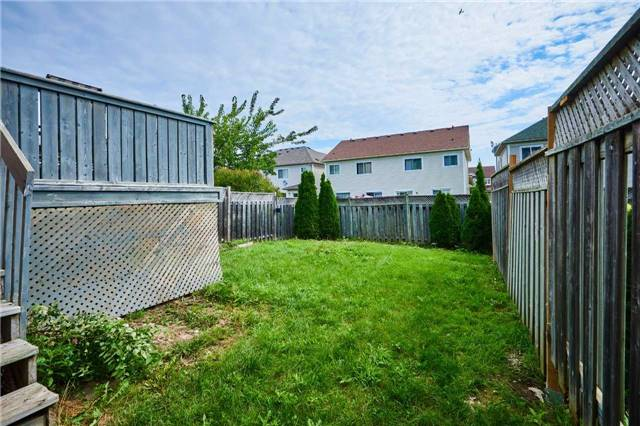 Semi-detached at 57 Foothill St, Whitby, Ontario. Image 10