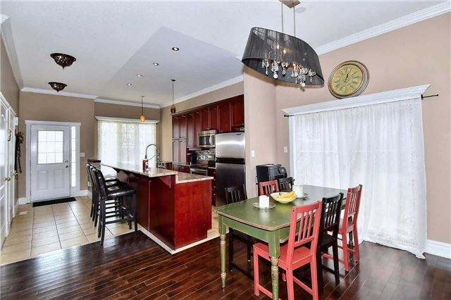 Detached at 14 Treen Cres, Whitby, Ontario. Image 18