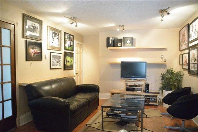 Triplex at 475 Kingston Rd W, Ajax, Ontario. Image 8
