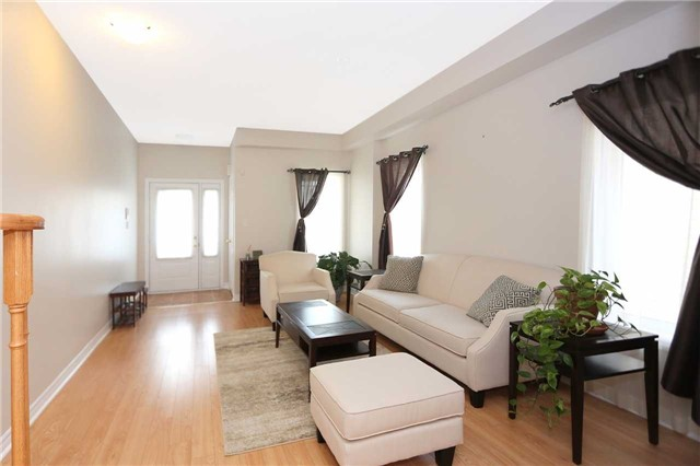 Detached at 77 Mantz Cres, Whitby, Ontario. Image 11