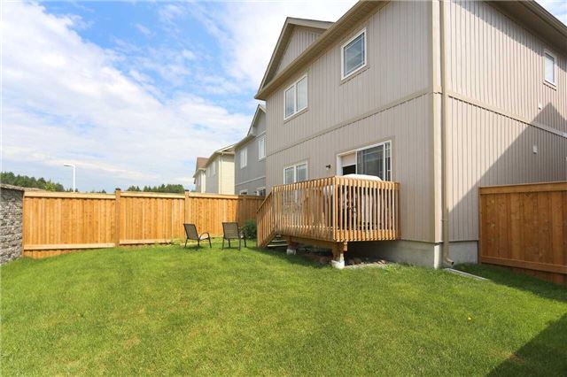 Detached at 77 Mantz Cres, Whitby, Ontario. Image 9