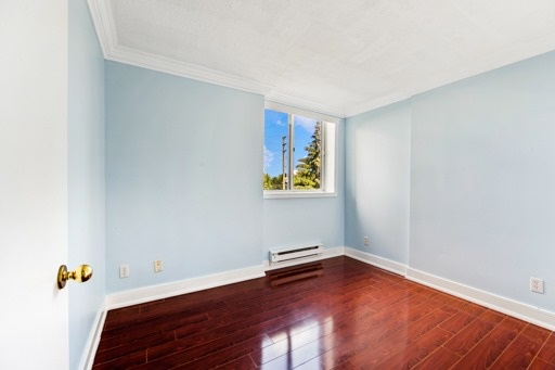 Condo Apartment at 330 Mccowan Rd, Unit 312, Toronto, Ontario. Image 6