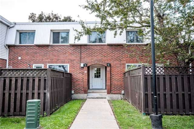Condo Townhouse at 1010 Glen St, Unit 68, Oshawa, Ontario. Image 1