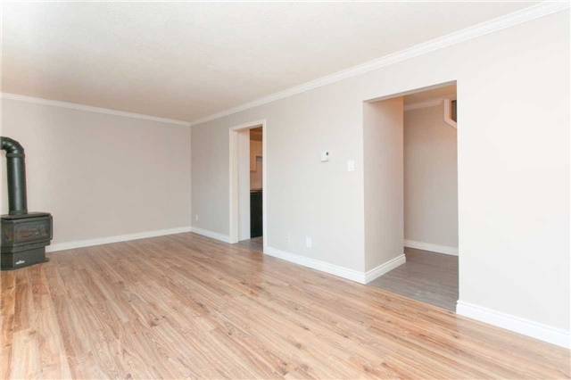 Condo Townhouse at 1010 Glen St, Unit 68, Oshawa, Ontario. Image 10