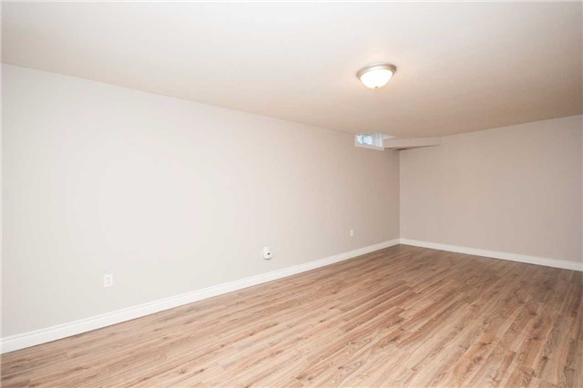 Condo Townhouse at 1010 Glen St, Unit 68, Oshawa, Ontario. Image 3