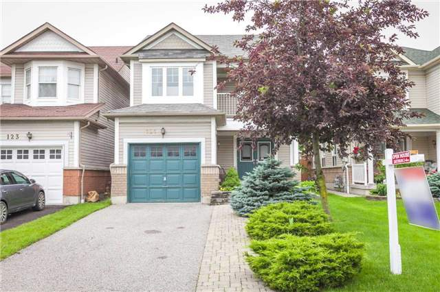 Detached at 121 Candlebrook Dr, Whitby, Ontario. Image 1