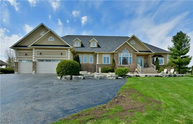 Detached at 4724 Carpenter Crt, Pickering, Ontario. Image 14