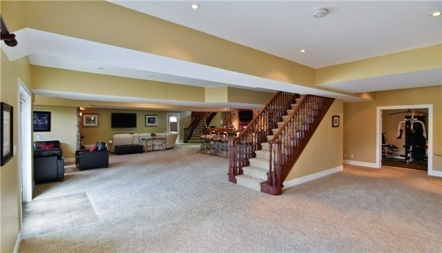 Detached at 4724 Carpenter Crt, Pickering, Ontario. Image 10