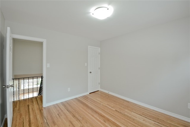 Semi-detached at 72 Little Ave, Clarington, Ontario. Image 5