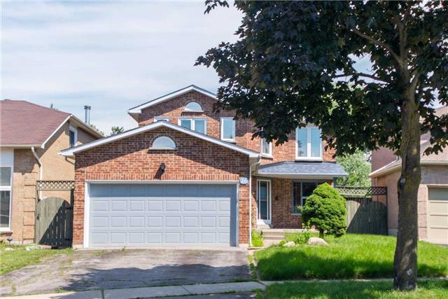 Detached at 16 Patterson Cres, Ajax, Ontario. Image 1