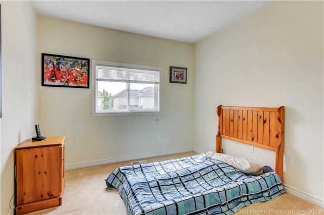 Link at 51 Dadson Dr, Clarington, Ontario. Image 5