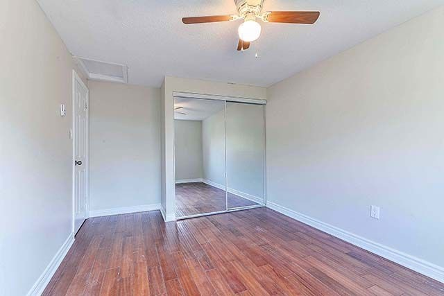 Condo Townhouse at 1958 Rosefield Rd, Unit 41, Pickering, Ontario. Image 2