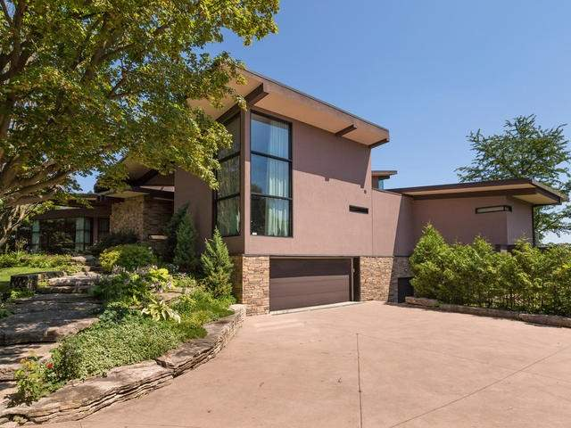 Detached at 51 Sunnypoint Cres, Toronto, Ontario. Image 12