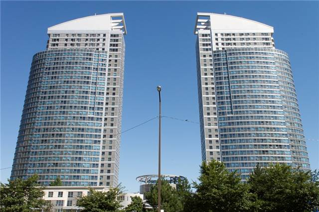 Condo Townhouse at 36 Lee Centre Dr, Unit Th316, Toronto, Ontario. Image 1