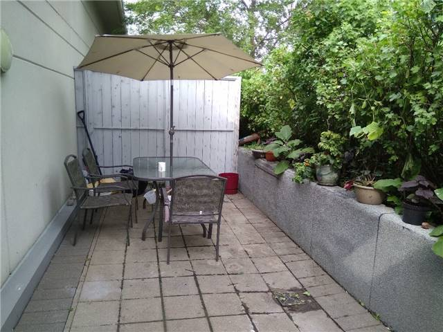 Condo Townhouse at 36 Lee Centre Dr, Unit Th316, Toronto, Ontario. Image 8
