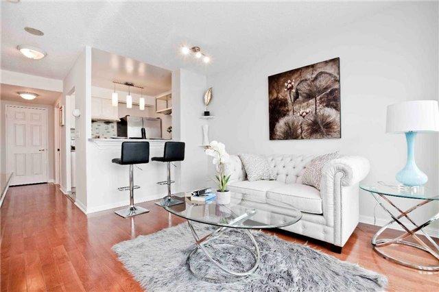 Condo Apartment at 1 Lee Centre Dr, Unit 1508, Toronto, Ontario. Image 15
