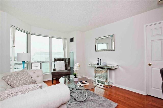 Condo Apartment at 1 Lee Centre Dr, Unit 1508, Toronto, Ontario. Image 17