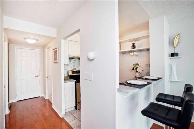 Condo Apartment at 1 Lee Centre Dr, Unit 1508, Toronto, Ontario. Image 3