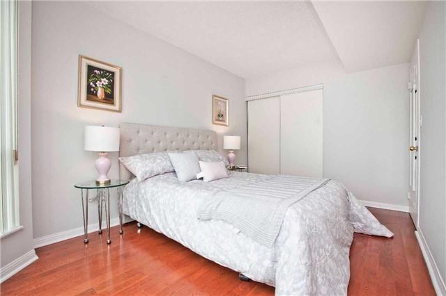 Condo Apartment at 1 Lee Centre Dr, Unit 1508, Toronto, Ontario. Image 5