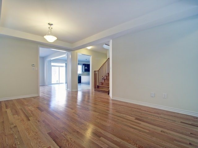 Detached at 2193 Sunflower Rd, Pickering, Ontario. Image 15