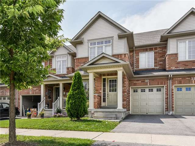 Townhouse at 20 Booker Dr, Ajax, Ontario. Image 1