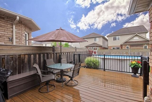 Detached at 55 Marchwood Cres, Clarington, Ontario. Image 11