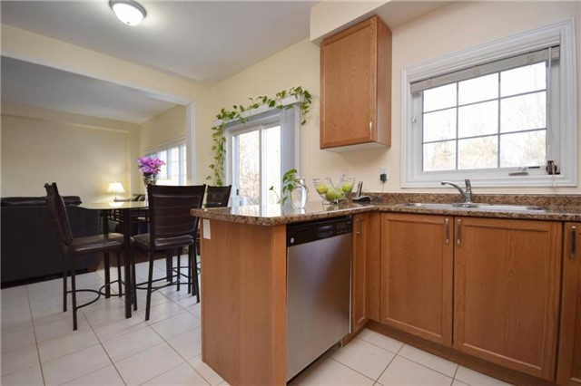 Detached at 2455 Earl Grey Ave, Pickering, Ontario. Image 20