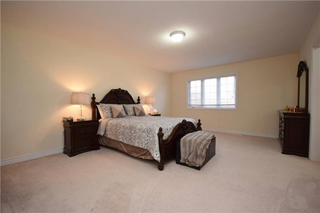 Detached at 2455 Earl Grey Ave, Pickering, Ontario. Image 4
