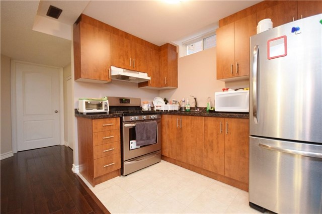 Detached at 2455 Earl Grey Ave, Pickering, Ontario. Image 11