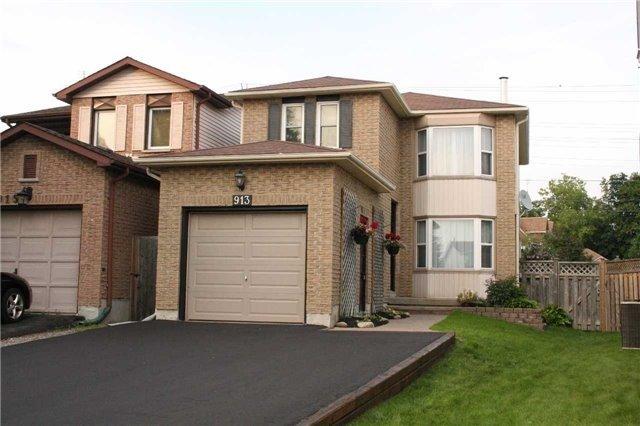 Detached at 913 Dyer Crt, Oshawa, Ontario. Image 1