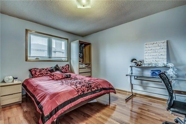 Detached at 375 Morrish Rd, Toronto, Ontario. Image 6