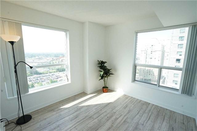 Condo Apartment at 38 Lee Centre Dr, Unit 2110, Toronto, Ontario. Image 7