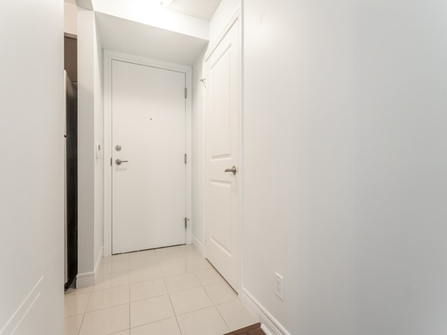 Condo Apartment at 50 Town Centre Crt, Unit 2409, Toronto, Ontario. Image 12