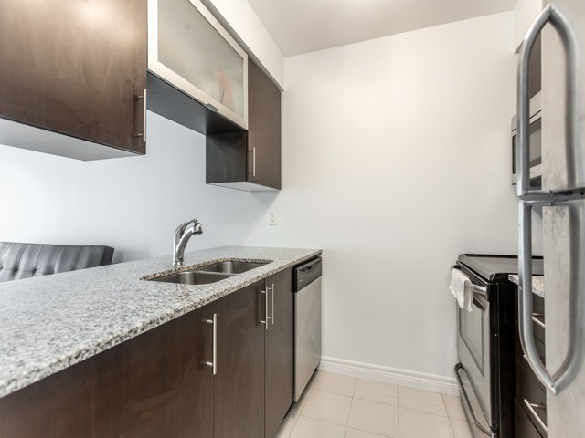 Condo Apartment at 50 Town Centre Crt, Unit 2409, Toronto, Ontario. Image 3