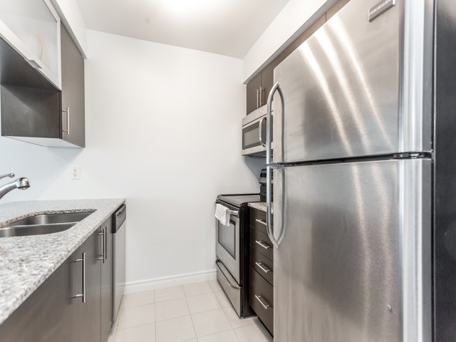 Condo Apartment at 50 Town Centre Crt, Unit 2409, Toronto, Ontario. Image 4
