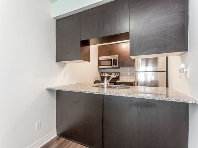 Condo Apartment at 50 Town Centre Crt, Unit 2409, Toronto, Ontario. Image 5