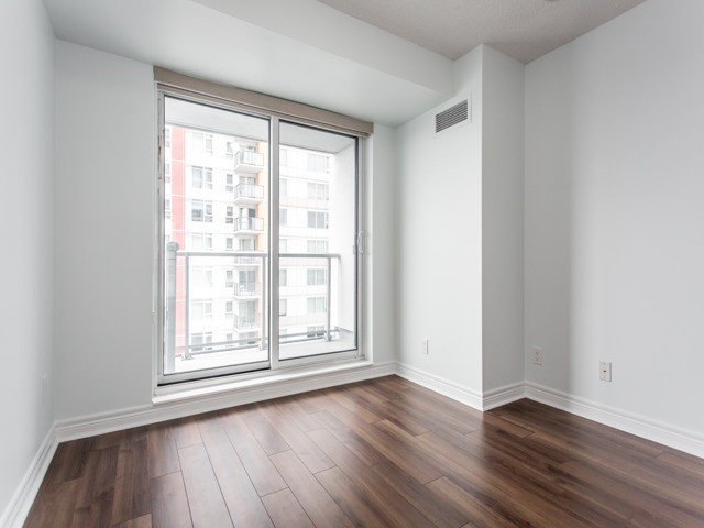 Condo Apartment at 50 Town Centre Crt, Unit 2409, Toronto, Ontario. Image 7