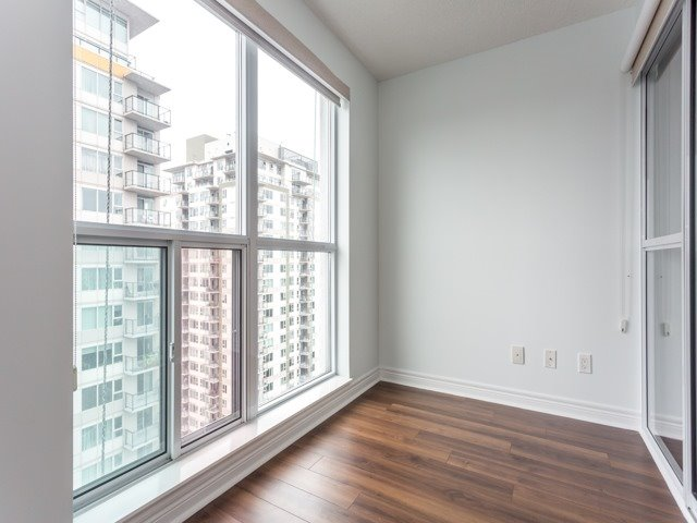 Condo Apartment at 50 Town Centre Crt, Unit 2409, Toronto, Ontario. Image 9