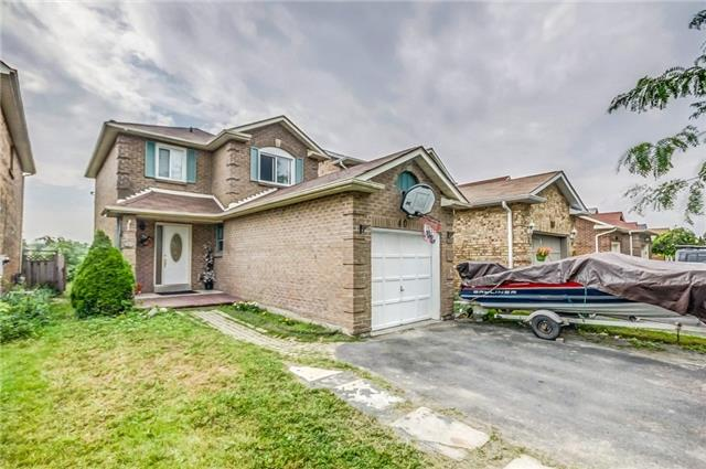 Detached at 40 Tresher Crt, Ajax, Ontario. Image 12