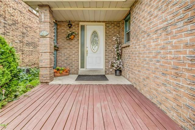 Detached at 40 Tresher Crt, Ajax, Ontario. Image 14