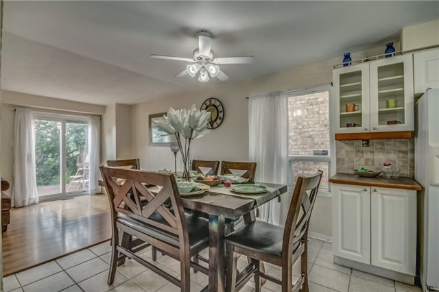 Detached at 40 Tresher Crt, Ajax, Ontario. Image 20