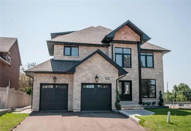 Detached at 303 Fiddlers Crt E, Pickering, Ontario. Image 1