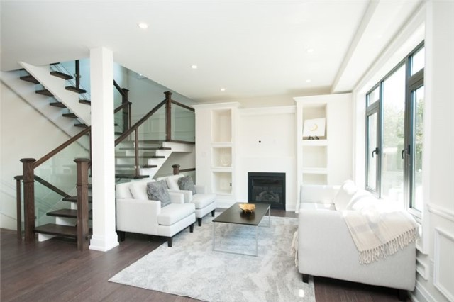 Detached at 303 Fiddlers Crt E, Pickering, Ontario. Image 16